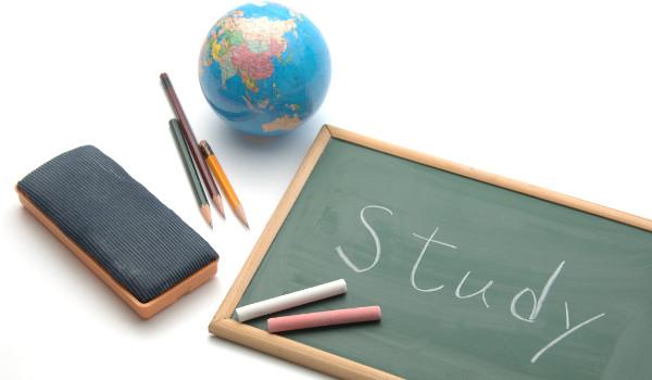 学生募集の戦略、志願者を増やすためには?
